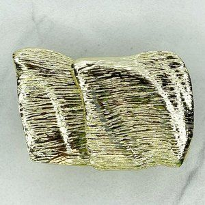 Gold Tone Abstract Textured 2 Piece Belt Buckle